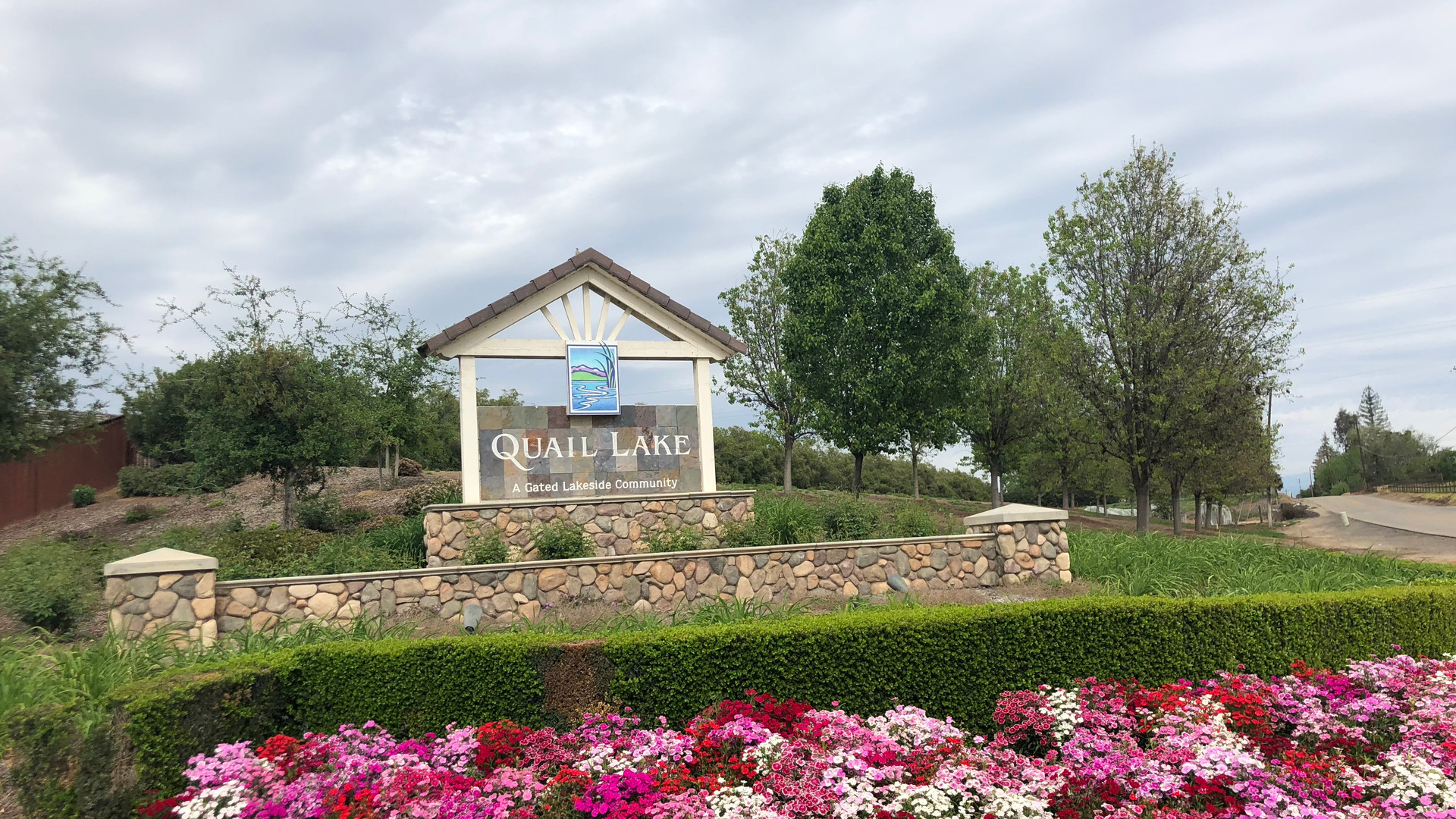 2018 Creekside Entrance (1).JPG