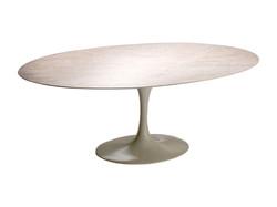 Mesa-Jantar-Saarinen-Oval
