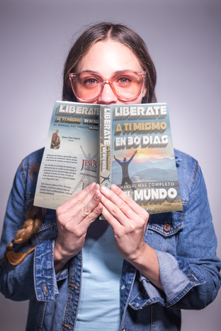 """""""Liberate A Ti Mismo"""" Book Mock-Up for Author Pastor Omar Figueras / Josue Dezign"""