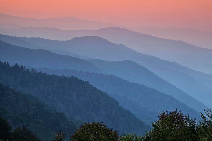 smoky-mountain-morning-andrew-soundaraja