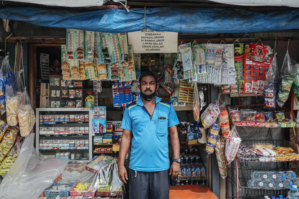 Bus Stop Vendor