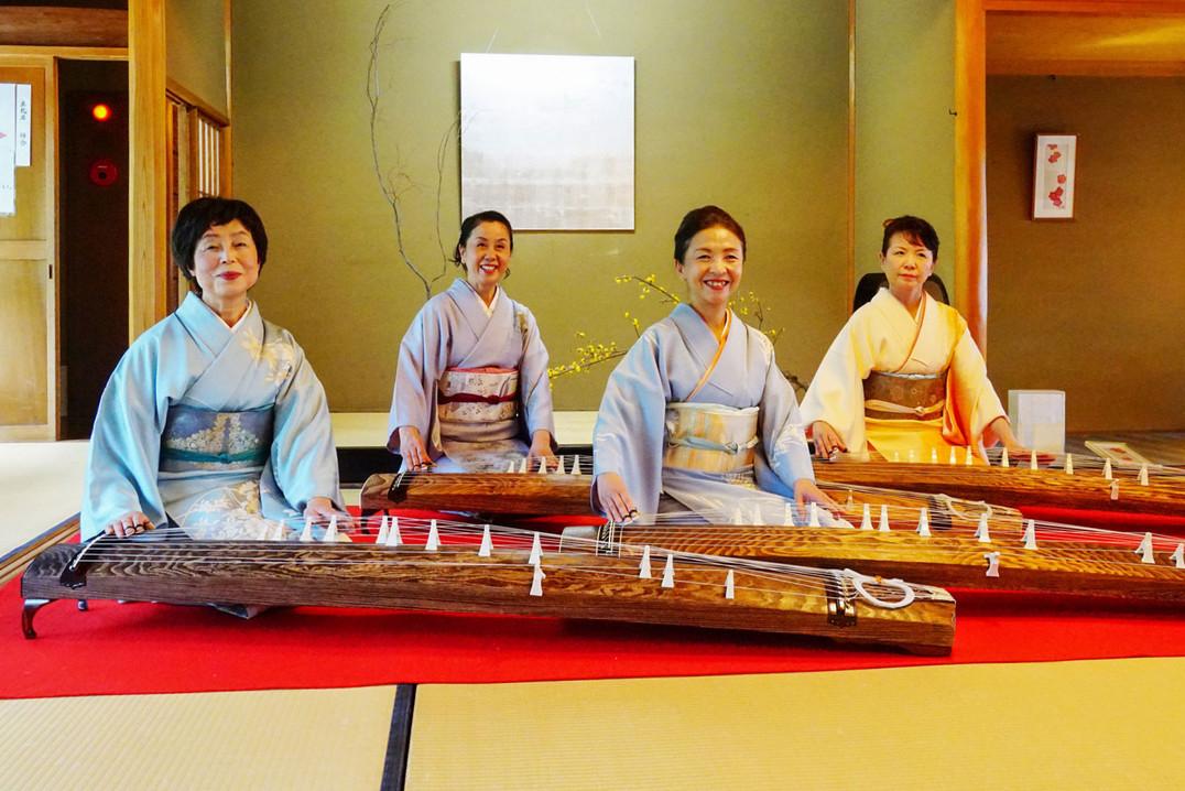 新春伝統芸能の集い(箏・尺八)(白鳥庭園・清羽亭広間)