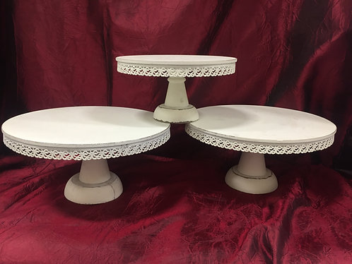 Ivory Laced Sm Wood Cake Stands