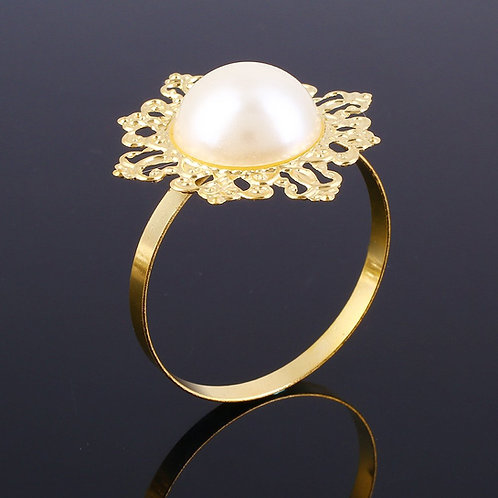 Gold Pearl Center Napkin Ring