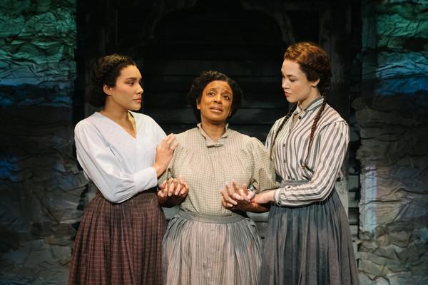 Emmy Raver-Lampman (Martha), Marva Hicks (Tallulah), Solea Pfeiffer (Mary)