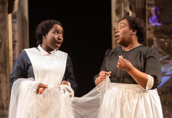 Awa Sal Secka (Flo) & Yvette Monique Clarke (Sissy)