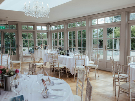 Small Wedding Venues - So what's so awesome about an intimate weddings?