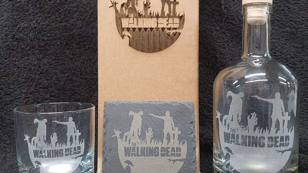 Walking Dead decanter gift box set can be personalised present