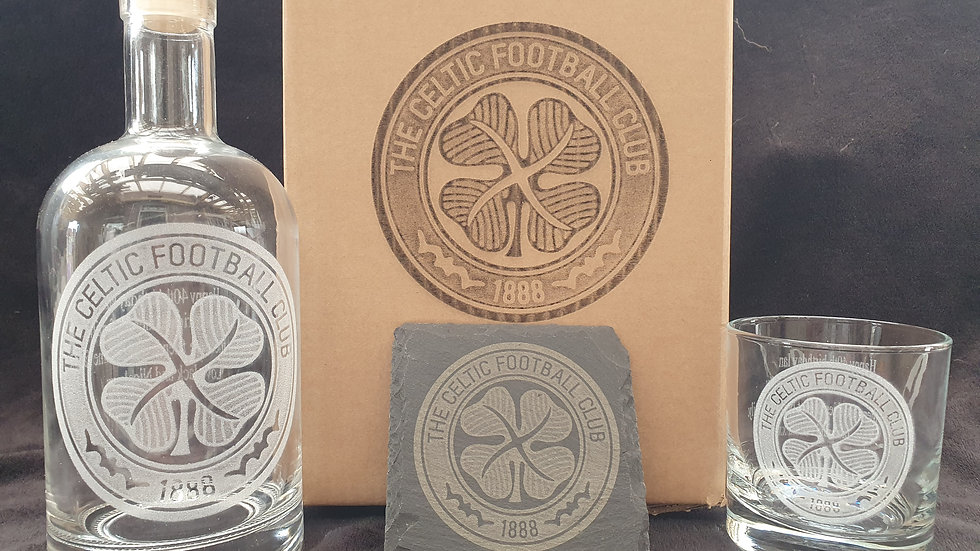 Your Football Club Decanter gift box set can be personalised gift box set