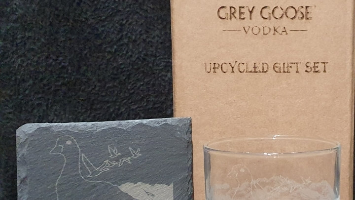 Grey Goose Glass gift box set can be personalised