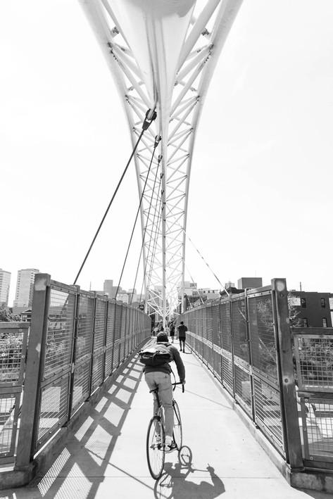 Crossing 25