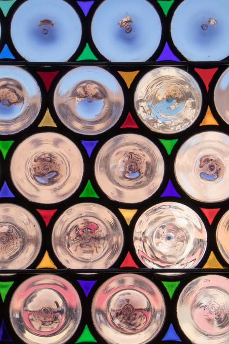 Etrustcan Life Through Rosey Glass