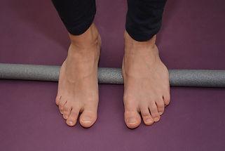 MLC, pieds, bâton