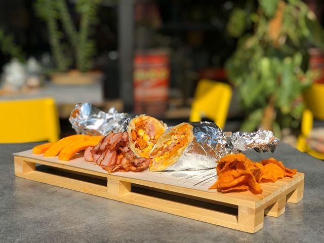 🥓🥓🥓Je tu sezóna nového burrita 🎃👻 V