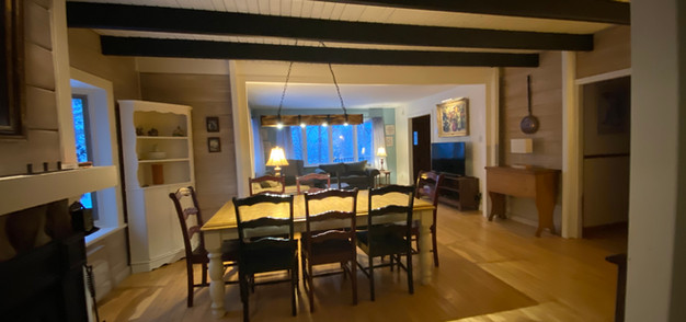 chalet chimo-dining room3.JPG