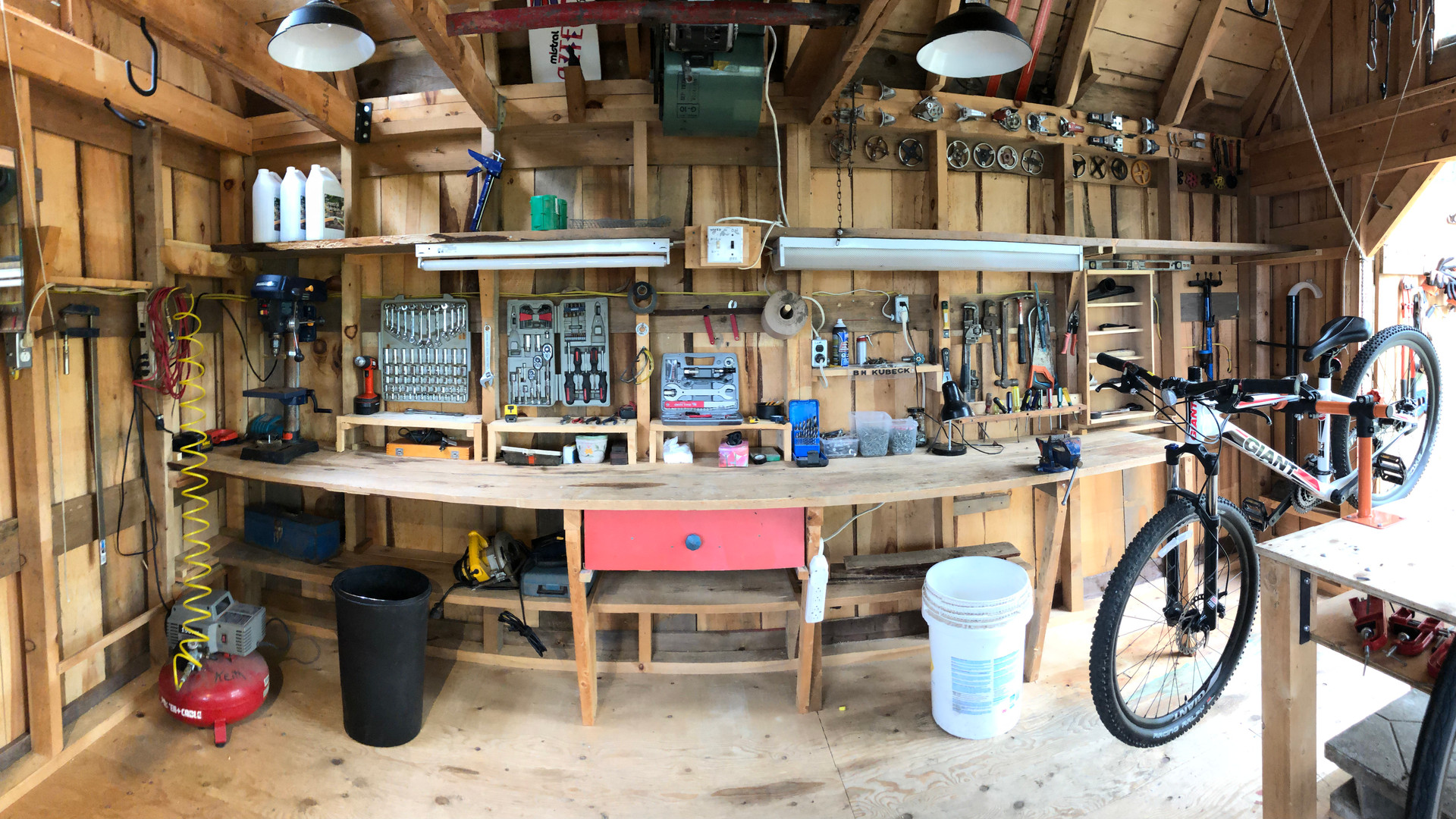Chimo Cottage Bike Shop