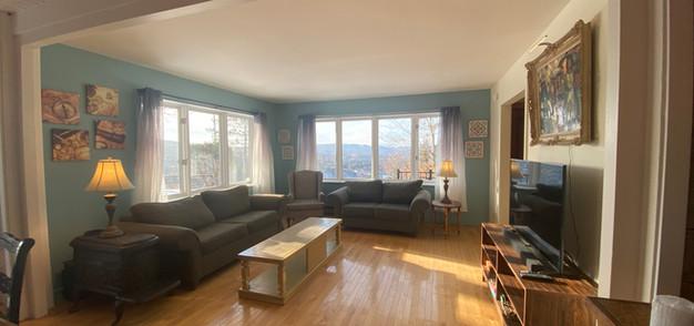 chalet chimo-living room6.JPG