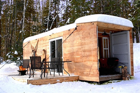 chimo refuges-le shack-winter.jpg