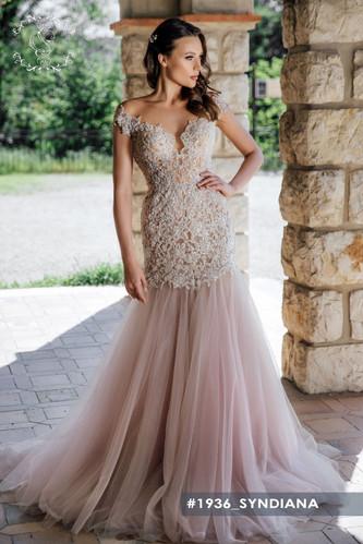 syndiana-wedding dress in Houston
