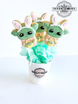 Baby Yoda Bouqet.jpg