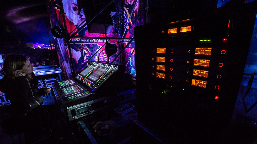 Falls 2018:19 Grand Theatre 28.jpg