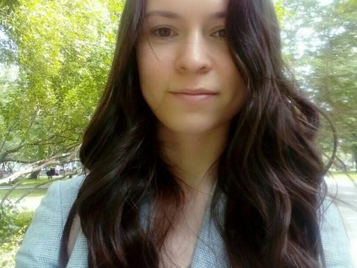 Анна Сюзева – заместитель директора по административным вопросам
