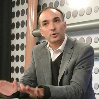 Maximiliano Aguiar e.JPG