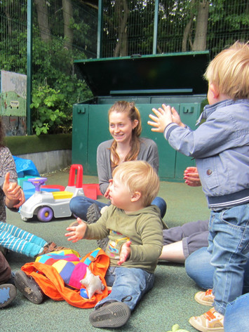 Playgroup song time