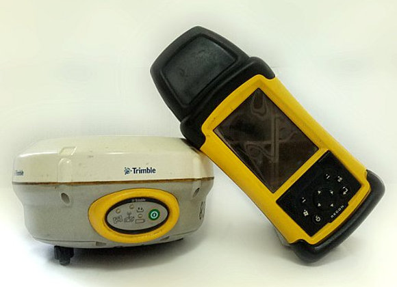 Trimble R4 GPS/GNSS