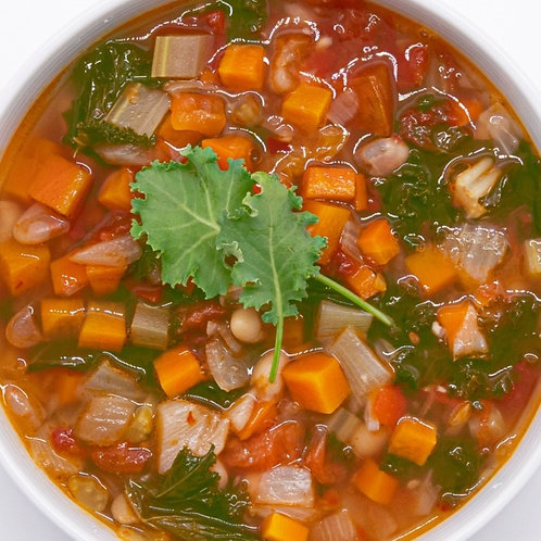Kale and Bean Minestrone ⽻衣⽢藍⽩⾖湯