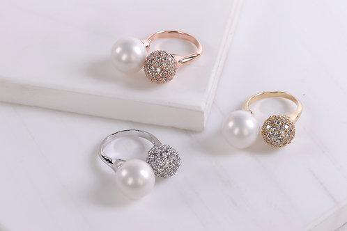 Aurora Pearl Ring