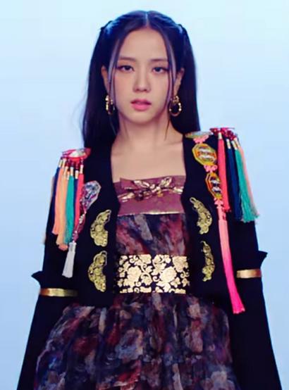 K-pop Idols' Most Stunning Hanbok Looks