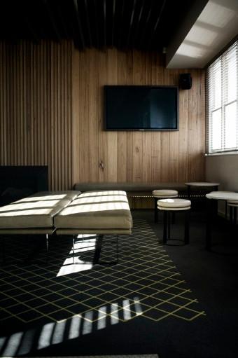 henry-room.jpg