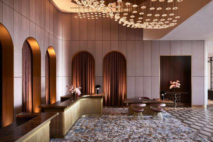 hotelchadstone_reception_3jpg