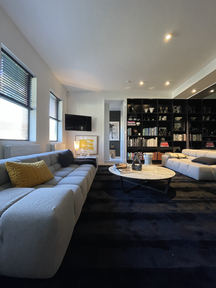 custom-ht-stripe-rug-_-black-_-jason-cooke-_-372-coventry-st-south-melbourne-1heic