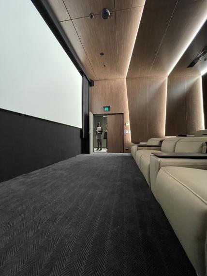 mezzanine-cinema-320-plummer-st_-herringbone-petite-a_smoke-4heic