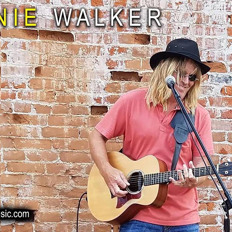 Johnnie Walker Live
