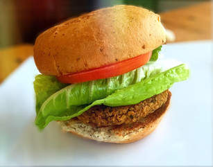 SOUTHWEST VEGGIE BURGERS EVEN YOUR KIDS & CARNIVORES WILL LOVE!
