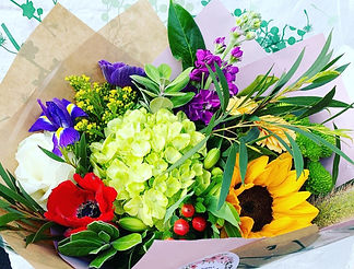 gift bouquet warrington. birthday flowers, anniversary flowers, new home flowers, just because flowers, sympathy flowers. florist in warrington. flowers delivered warrington