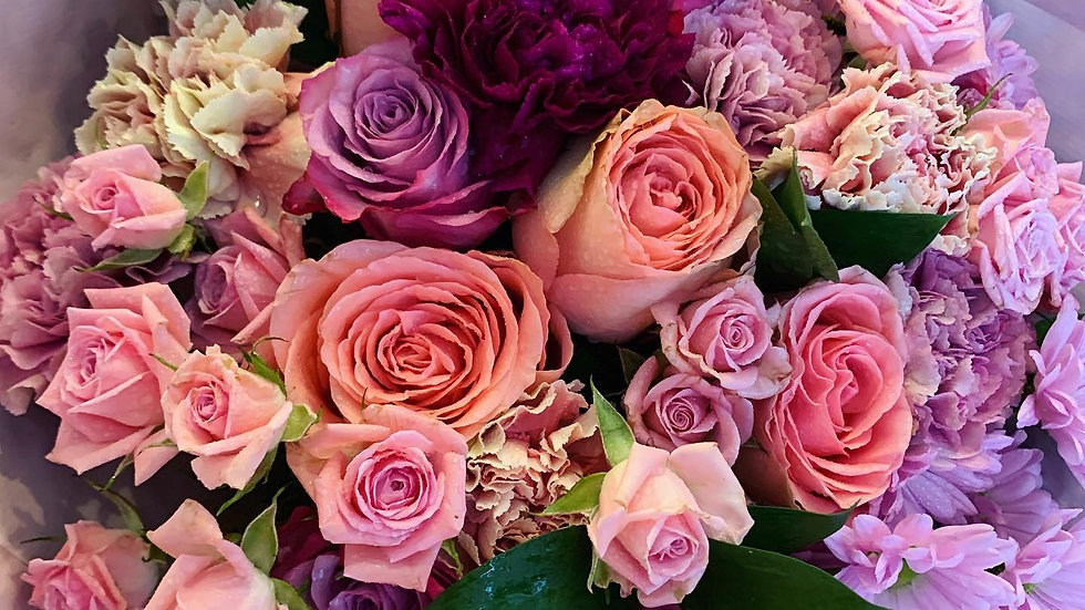 Pink Bomb - Handtied Bouquet (£30-£50)