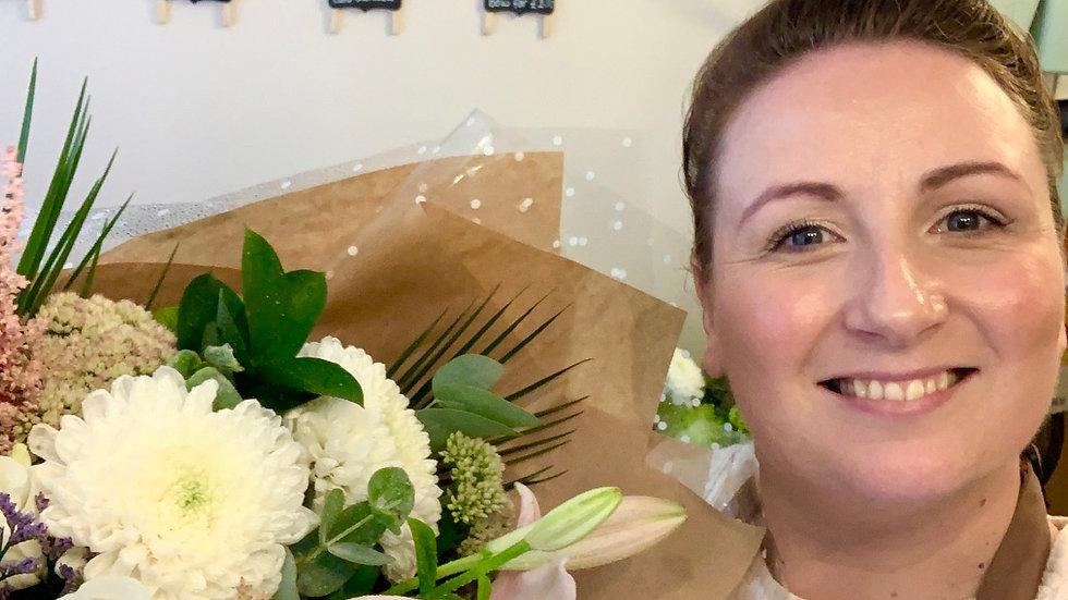 """""""Florist Pick"""" Handtied Bouquet (£30-£50)"""