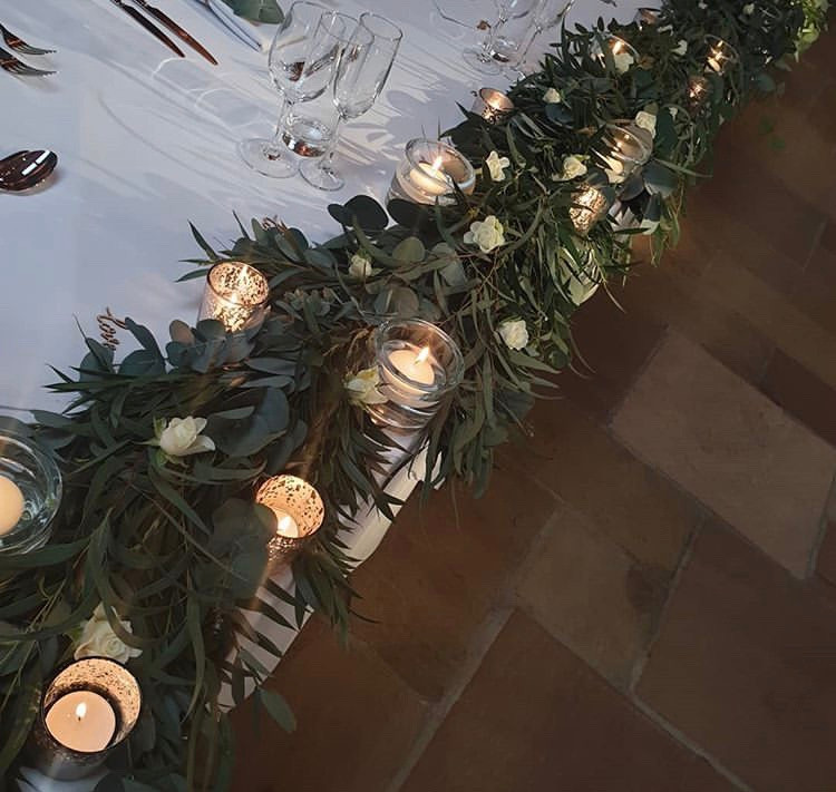 top table foliage garland