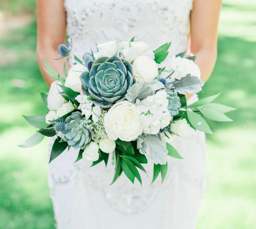 white and greenery bride's bouquet