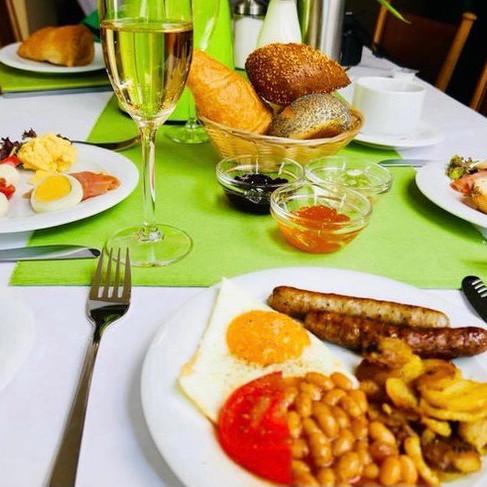 Schlemmer-Frühstück