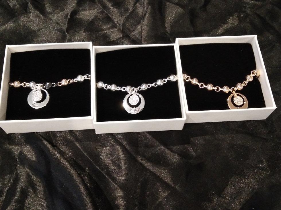 Gift box love bracelet