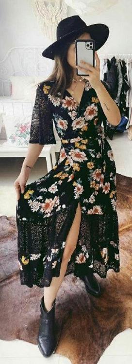 Floral wrap black