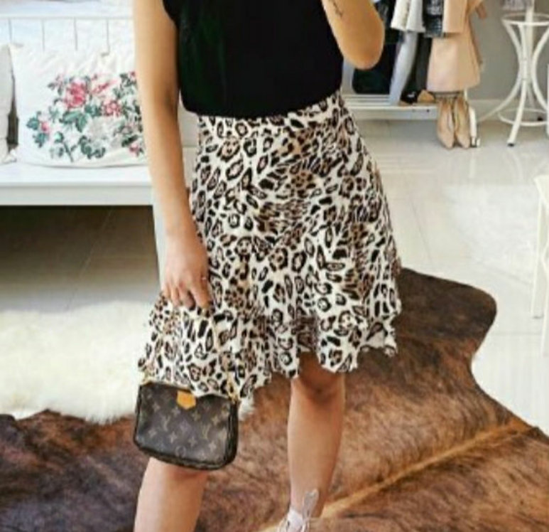 Leopard skirt short
