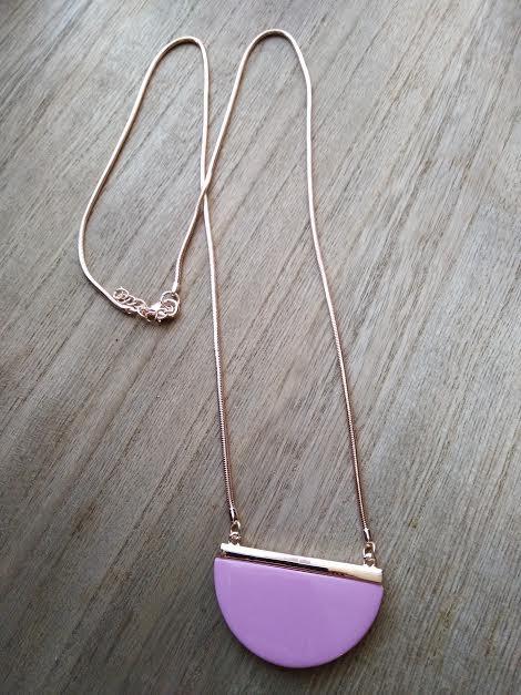 Pink/rose gold necklace