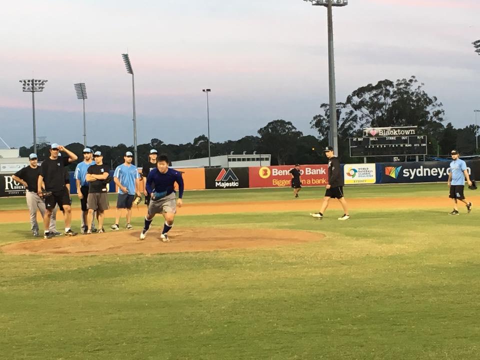 シドニープロ野球チームにて