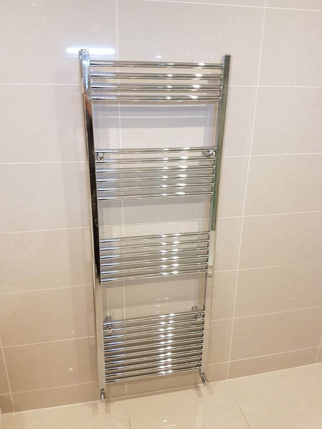 1800 x 600 towel radiator